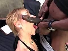 I like to lick fresh cunt